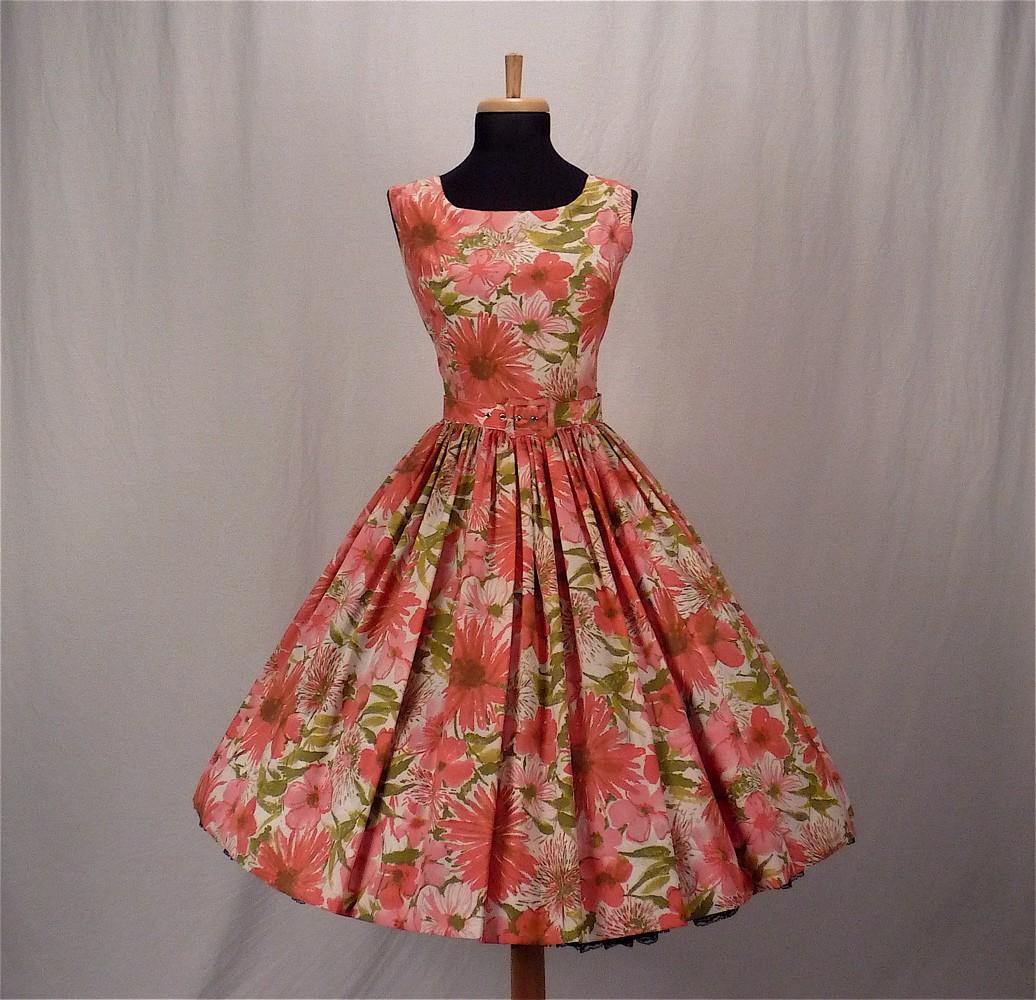 Fashion Through Time: Women's Fashion in the 50s